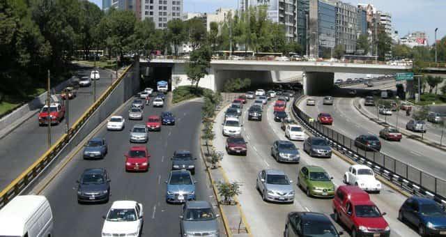 movilidad-urbana-auto-min